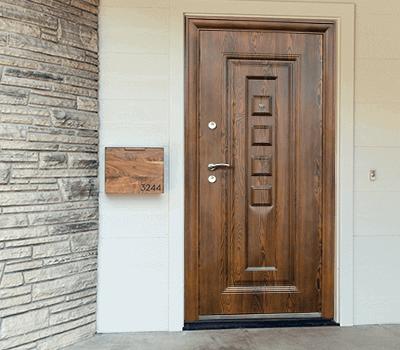 Полезни съвети при закупуване на входна врата