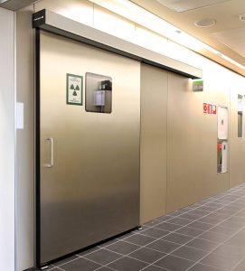 Надеждна врата в лаборатория